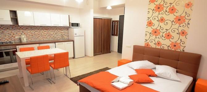 Calatoresti in Bucuresti: cazare in regim hotelier sau camera de hotel?