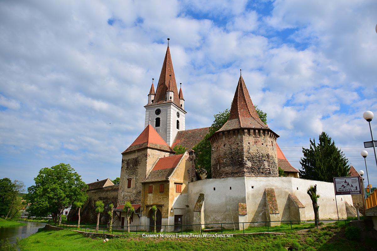 Biserica-din-Cristian