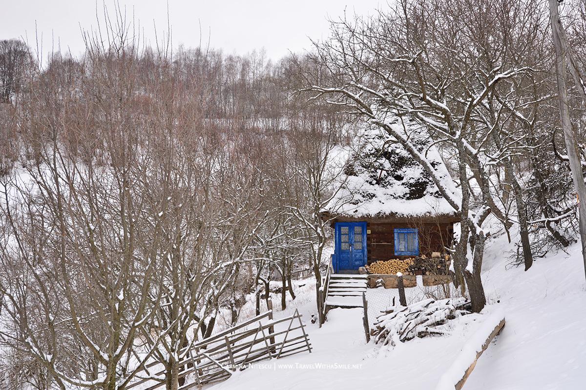 Afumatoarea satului, Bradesti, comuna Ramet
