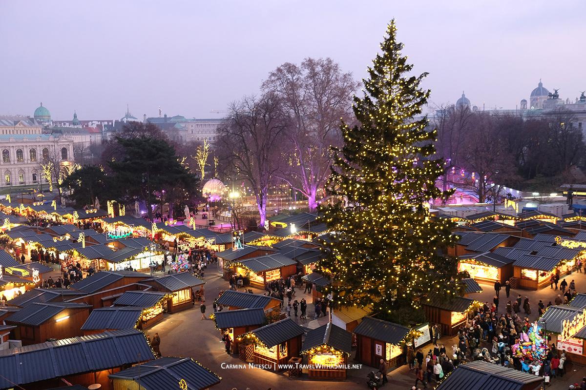 rathaus-vienna-christmas-market