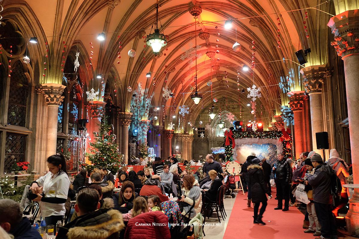 Cafenea si workshopuri pentru copii in cadrul cladirii Primariei din Viena