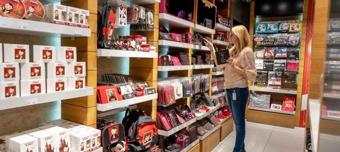 În vizită la Art & Craft: magazinele din aeroportul Otopeni