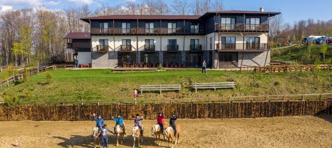Cum a fost în cea de-a treia tabără de echitație Horse Riding Adventure